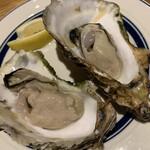 つくば おしゃれに食べてやせる肉 BAR 85 - 岩手県山田湾産牡蠣