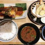 いまが旬 あ・うん - 料理写真:サバの味噌煮とミニ天ぷら定食