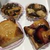 LELIBERALISM CO, PATISSERIE TATSUYA SASAKI - 料理写真:奥左 ミラベル 奥右 ほうじ茶とライチ 洋梨 赤桃