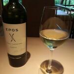 135785304 - 白ワイン(マルヴァジアとトレッビアーノのブレンド)