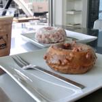ネイバーコーヒー - 料理写真:エスプレッソ&ピーカンナッツ、ココナッツ&マンゴージェリー、エスプレッソフレッド