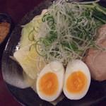 ばくだん屋 - 廣島つけ麺 麵