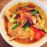 無添加薬膳スープカレー COSMOS - 野菜たっぷりスープカレー。写真負けしないボリューム