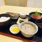 華花 - 漬けマグロと本日の焼魚御膳