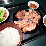焼肉庵ちくしん - 日替わりランチ・豚肉ざんまい焼肉ランチ