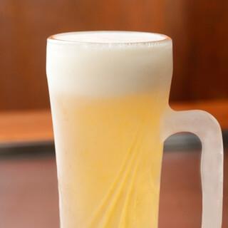 キンキンに冷えたビールから、日本酒・ワインまで幅広くご用意♪