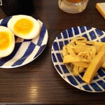麺処 あす花 - 味玉+メンマ