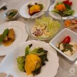 135821689 - サラダ系やお料理