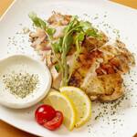 鶏バル - 丹波地鶏の炭焼き