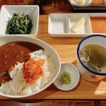 yakinikubarumaruushimi-to - 焼いて食べる〜ウシカツランチセット〜 1370円             +200円でカレーに変更