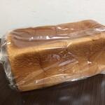 ブランジュリ ノアン - 全粒粉の角食パン2斤分