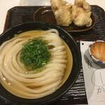 Udon Maruka - 冷かけと鶏天              生姜はイリコの出汁の香りを消しますので使いません!