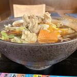 ゆで太郎 - 料理写真:肉野菜そば@490円大盛+100円(税込)