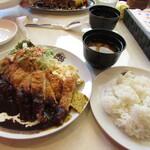 洋食 ジャンボ - チキンカツ