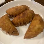 鎮海楼 - 揚げ餃子