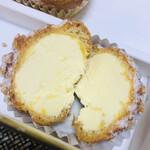 135854060 - 中身のバタークリーム