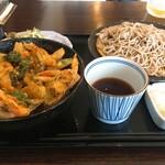 酒・蕎麦 田治 - かき揚げ丼と蕎麦の定食セット:一式