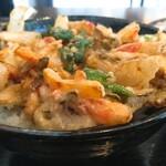 酒・蕎麦 田治 - かき揚げ丼と蕎麦の定食セット:かき揚げ丼