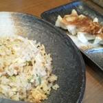 13587007 - Bセットの半チャーハン+餃子¥240