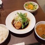 Aoyamashanwei - ランチの「蒸し鶏の葱油醤油」