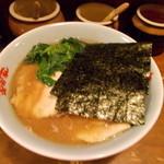 笑の家 - チャーシュー麺