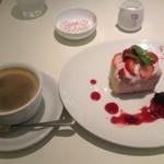 13589657 - ケーキ&コーヒー