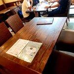 豊後めん処 くんぷう - テーブル席