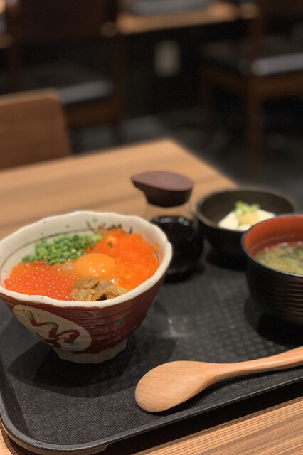 うに小屋 渋谷店の料理の写真