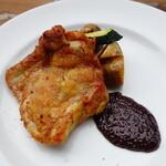 欧風小皿料理 沢村 - 友人オーダーの「若鶏のスパイシーロースト」