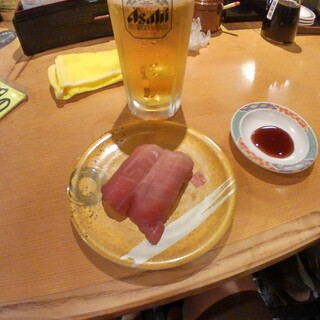 廻転寿司 弁慶 - 料理写真:赤身
