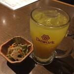 蔵元居酒屋 清龍 - オレンジサワーと煮物