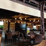 食器と喫茶 岩﨑珈琲店 -