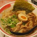 新徳島拉麺 まる徳ラーメン - 料理写真:ガチ徳ラーメン(並)
