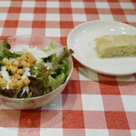 トラットリア リアナ - サラダ、フォカッチャ