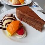 Gyaran - チョコレートケーキ
