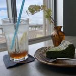 cafe&shop kaguya  -