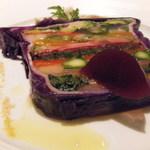 13594375 - 16種類の有機、安曇野野菜のテリーヌ、岩手清流鶏ササミの蒸し焼き ショウガの香り 赤紫蘇のジュレを添えて