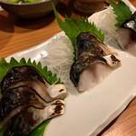 蕎麦五反 - ・炙り〆鯖 キョウイチのアテ。 日本酒に合わないワケがない。