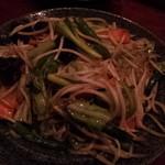 成登 - 野菜炒め(680円)