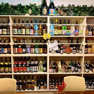 沖縄のほぼ全ての酒造をカバー!バリエーション豊かな泡盛で乾杯