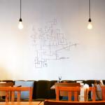 フクモリ - ミロっぽい壁の絵が素敵〜♬