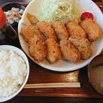 ひこま豚食堂&精肉店 Boodeli - 低温調理 超やわらかヒレカツ 1,500円+10%