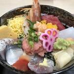 市場亭 - 料理写真:にぎやか丼 1500円税込