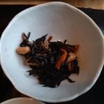 135998293 - ◆三重県伊勢産天然ひじきの煮物◆♪