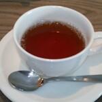 135998733 - ランチの紅茶