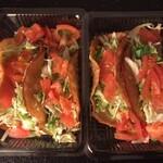 ジャンバルターコー - 料理写真:タコス(ビーフ・チキン)