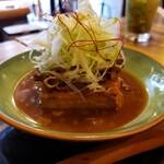 136013731 - しゅんでる肉豆腐
