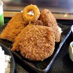 水喜 - 料理写真:ミックスフライは揚げたてサクサク