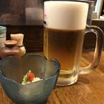 藤よし - 生ビールとつきだし