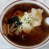 菅野食堂 - 料理写真:中華そば 大盛(750円也)